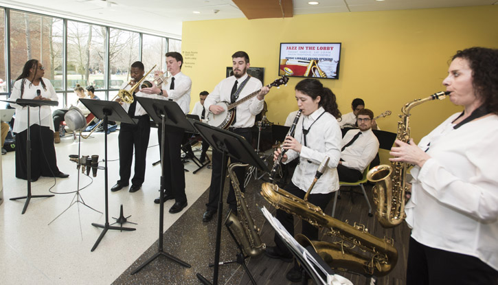 Traditional Jazz Ensemble performs in Fenwick Library
